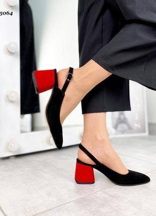 Туфли на каблуке натуральный замш чорные открытая пятка