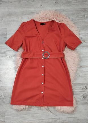 Оранжевое джинсовое платье на кнопках