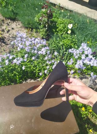 Шикарные замшевые туфли h&m оригинал !