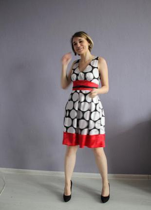 Платье в стиле ретро в крупный горох