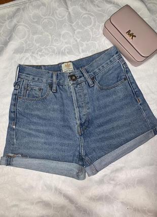 Трендовые mom jeans шорты river island