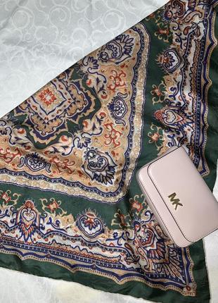 Красивый платок шаль под шёлк