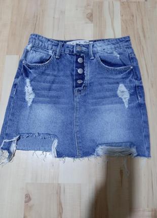 Продам джинсовую юбку.