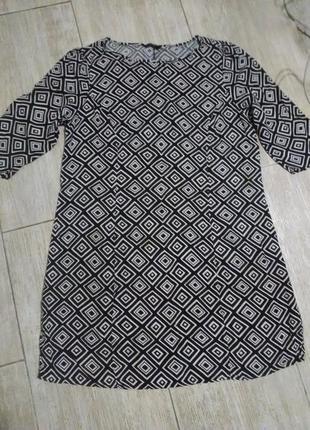 Платье туника оверсайз прямое свободное белое черное принт