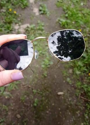 Солнцезащитные очки на девушку, девочку подростка