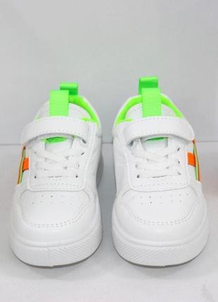 Белые модные кроссовки для девочек5 фото