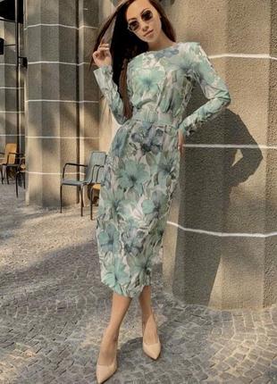 Миди платье в цветочный принт