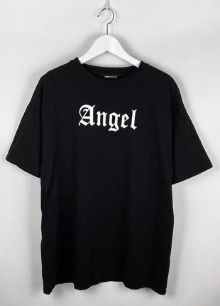 Базовая черная оверсайз футболка angel от shein