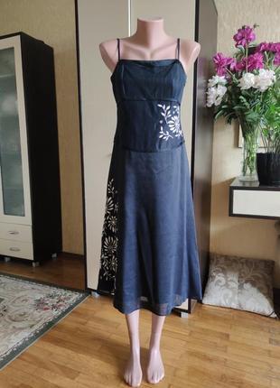 Нарядное платье на выпускной с вышевкой 40