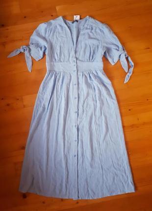 Платье из смесового хлопка.