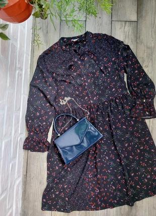 Вискозное платье в мелкий цветок