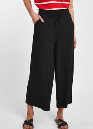 Широкие трикотажные штаны кюлоты из вискозы