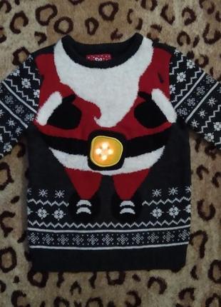Новогодний свитер с музыкой и светом 6-8 л. принт санта