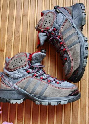 Мембранные термо ботинки кроссовки adidas gore-tex 29р