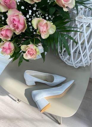 Перламутровые туфли кожа италия сатин белые женские