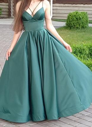 Шикарное изумрудное платье в пол licor