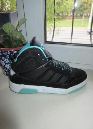 Кожаные кроссовки adidas 40 р. оригинал