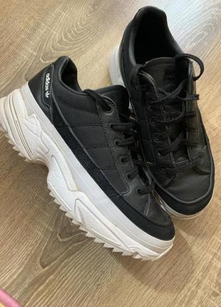 Adidas original 38 р.24,5 см