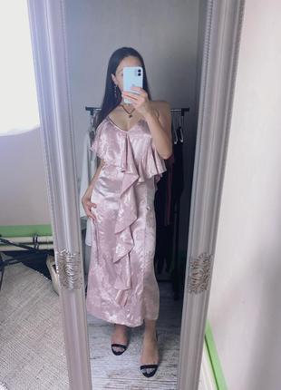Платье смоли сатиновое с текстурой цветы asos