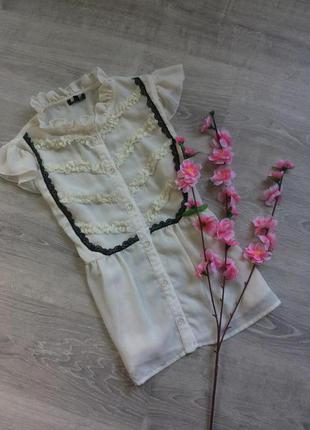 Блуза с рюшей от asos