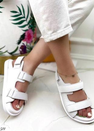Босоножки на липучках натуральная кожа на платформе тлетние сандалии сандали боссоножки рептилия питон белые5 фото