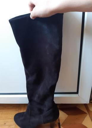 Черные замшевые сапожки