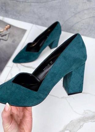 Рр 36-40. туфли изумрудные на каблуке