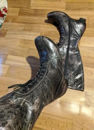Продам новые оригинальные женские сапоги footnotes натуральная кожа стоили €200