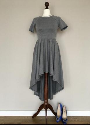 Вечернее повседневное платье imperial производство италия
