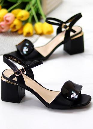 Шикарные стильные женские босоножки на каблуке, очень удобные, чёрные4 фото