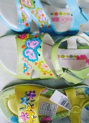 Босоніжки дитячі салатові/жовті/голубі для дівчини