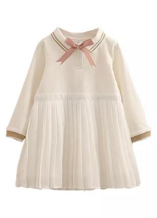 Нарядное белое платье с брошкой zara