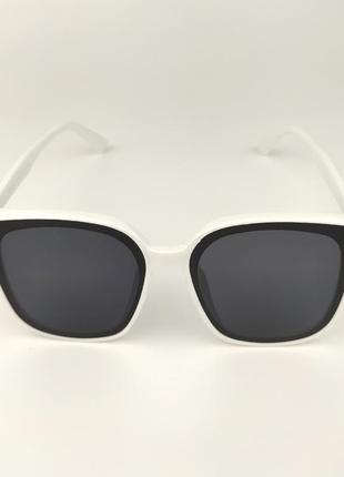 Солнцезащитные очки «water» c белой роговой оправой и темно-синей линзой