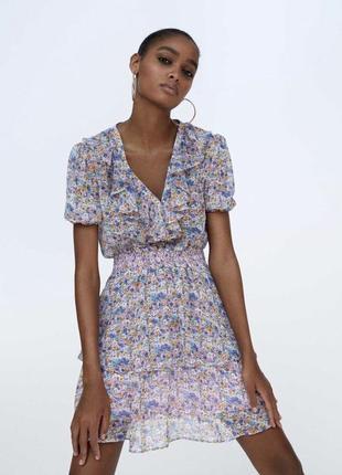 Платье в цветочный принт zara размер 36