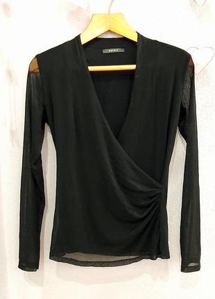 Красивая чёрная кофта с рукавом в сеточку