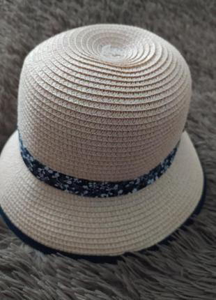 Соломенная шляпка nutmeg