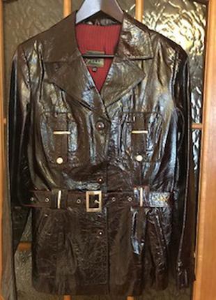 Потрясающая курточка из лакированной кожи! новая.