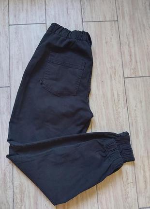Джинсовые джоггеры джинсы высокие с резинкой bershka