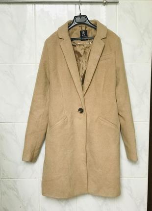 Пальто бойфренд песочного цвета пальто на одну пуговицу