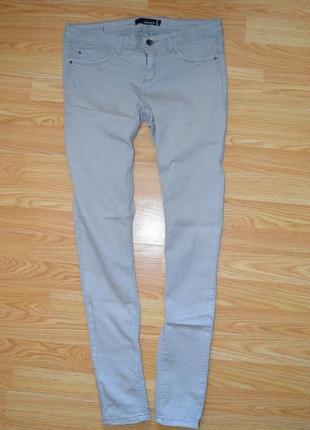 Серые джинсы скинни tally weijl
