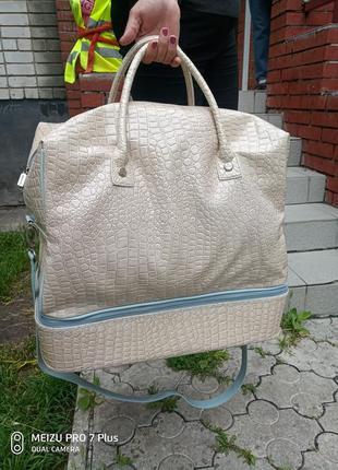Большая дорожная лаковая сумка ricarda м