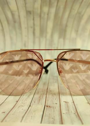 Очки солнцезащитные с логостеклом