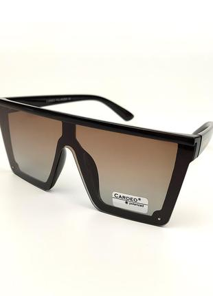 Солнцезащитные очки «сelin» с черной оправой и коричневой градиентной линзой