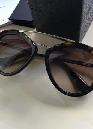 Солнцезащитные очки prada cinema оригинал