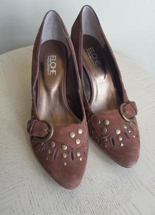 Elche туфли замшевые с заклепками