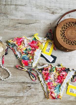 Трусики плавки низ купальника яркие тропики с сборочкоц сзади стяжкой трендовые стильные модные