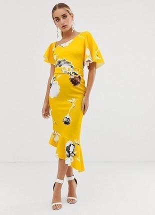 Платье миди на одно плечо с цветочным принтом и оборками asos футляр