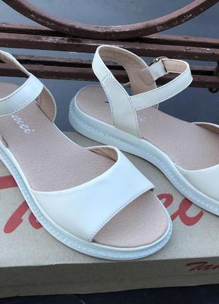 Босоножки женские, сандали кожаные летние