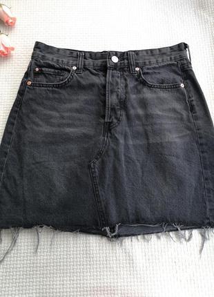Джинсовая юбка на болтах с необработанным нижним краем h&m m
