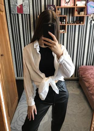 Белоснежная оверсайзная рубашка
